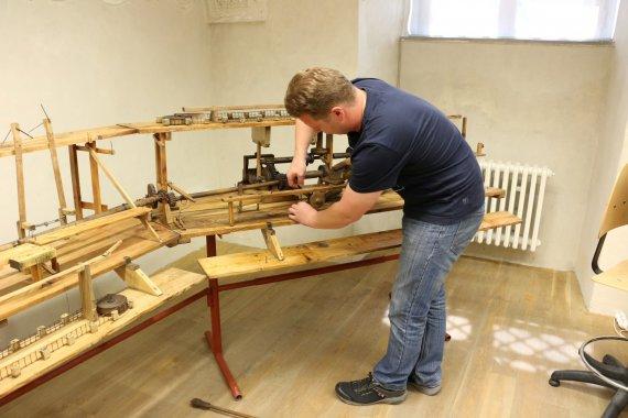 V ateliéru restaurování v Litomyšli